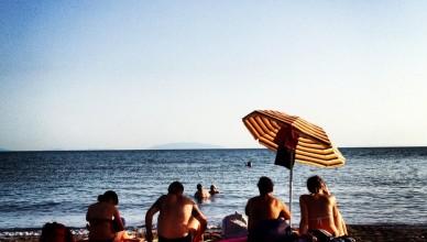popolo di ciabattoni al mare